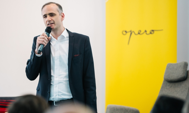 Pavel Přikryl Randy Williams discussion in Opero Premium Coworking Prague