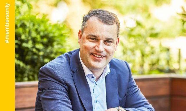 Mojmír Hampl, tehdejší viceguvernér ČNB a director v KPMG