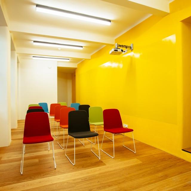 Opero coworking prague 1 meeting room