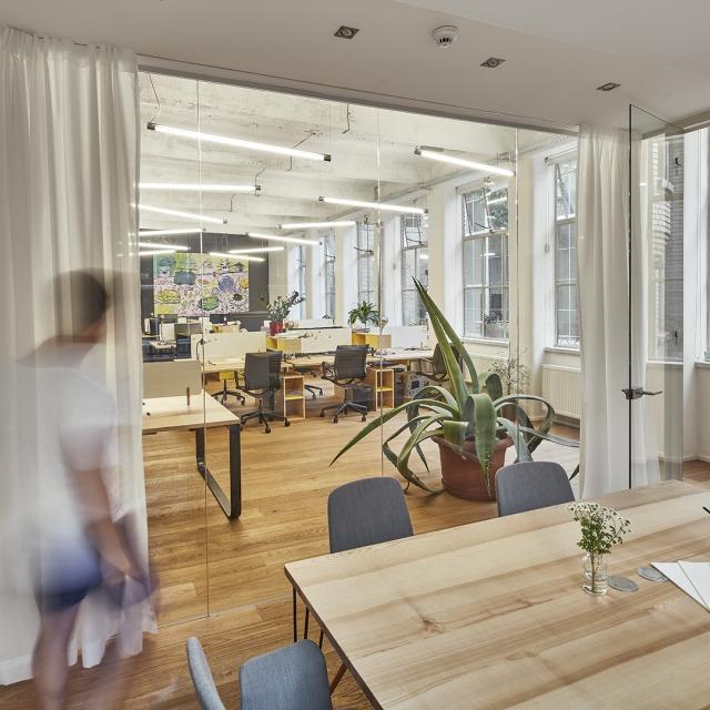 prague meeting room boardroom opero coworking