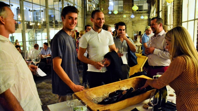 Wine pop-up v Opero