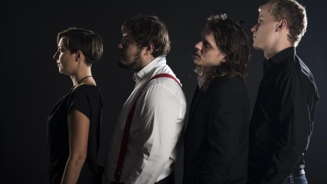 Chanson Trio CouCou at Opero